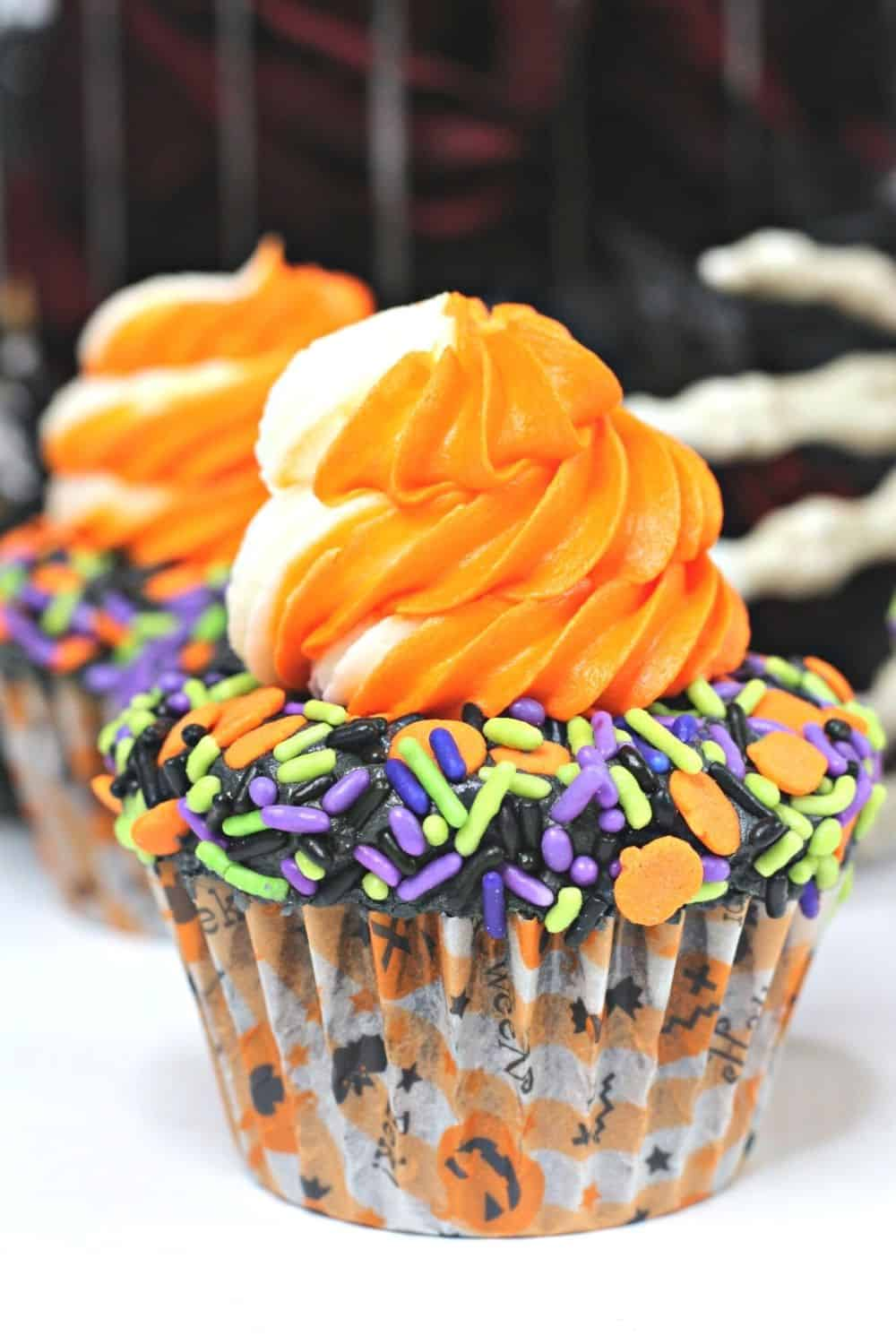 It's not Halloween without a sweet treat. These Halloween Sprinkle Cupcakes are and easy Halloween treat everyone will enjoy.