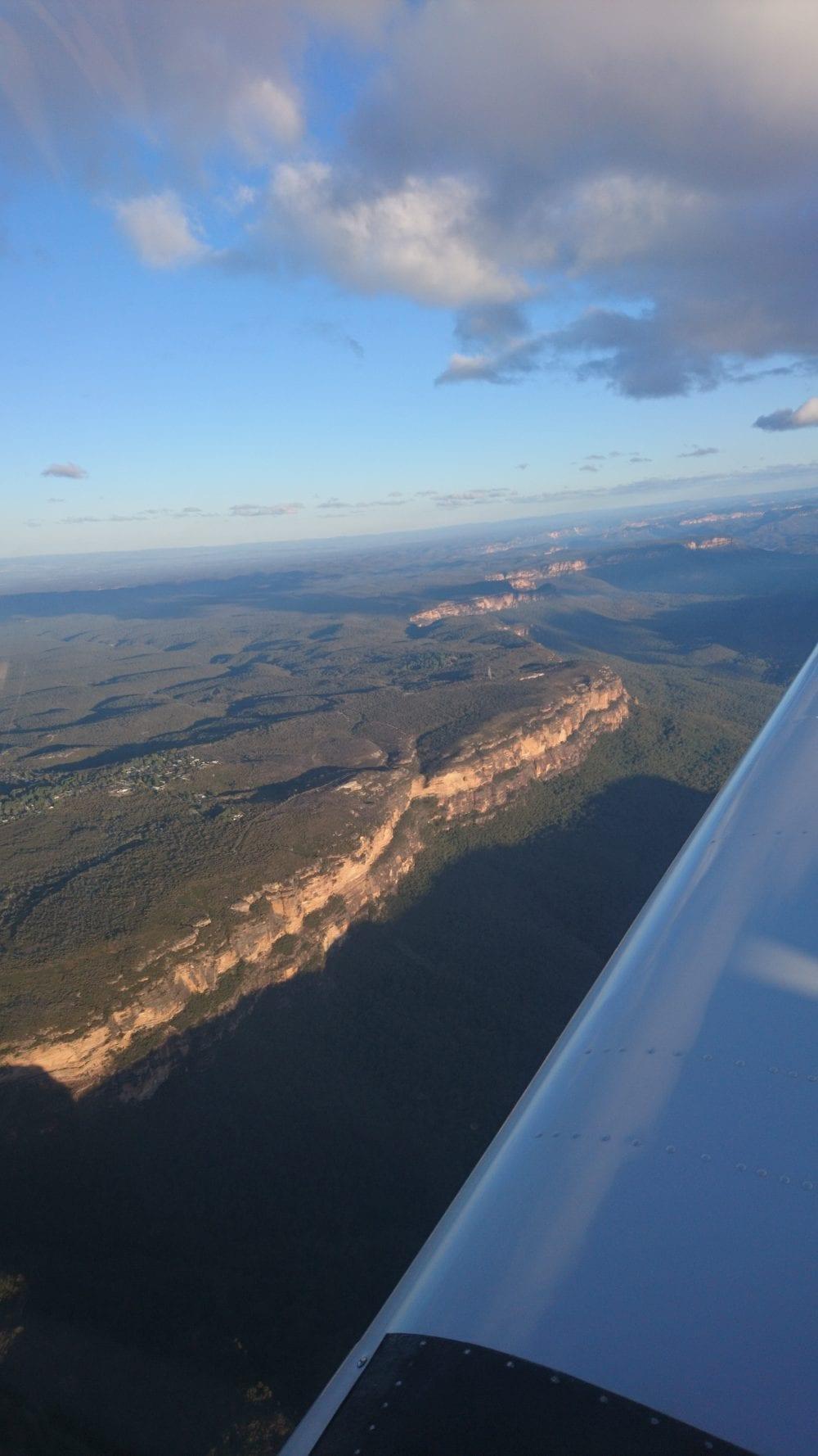 Blue Mountains - AAA Sydney & Surrounds luxury scenic flight