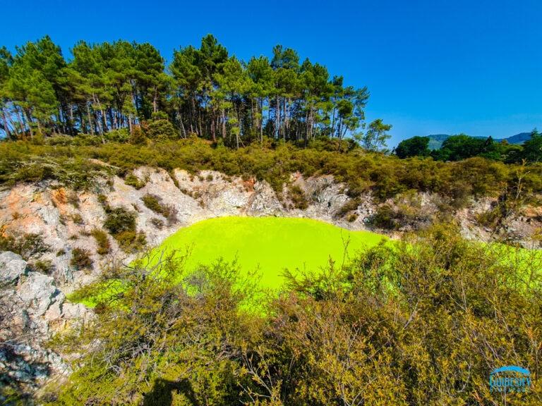 Devils-Bath-Roko-Karikitea-Wai-O-tapu-thermal-wonderland