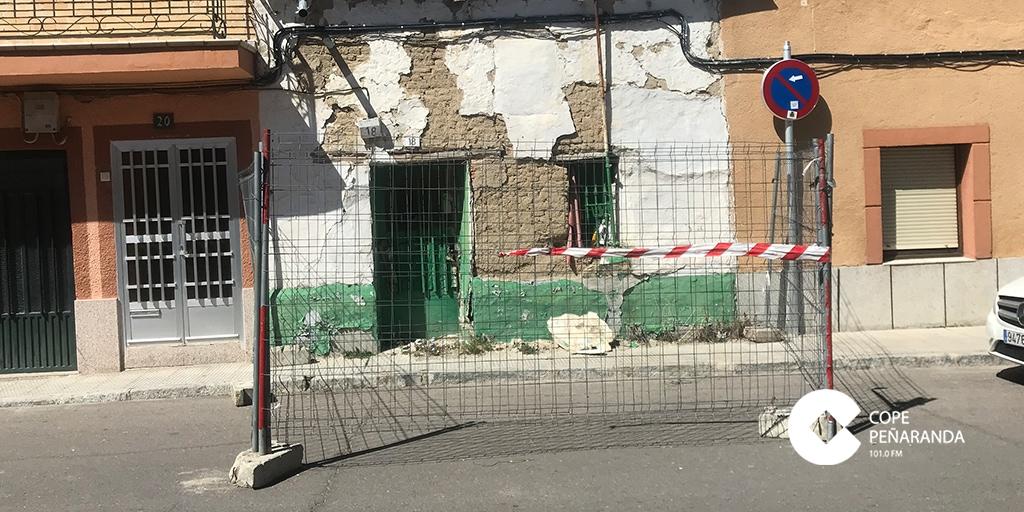 Vivienda de la calle Santa Apolonia declarada en ruina inminente.