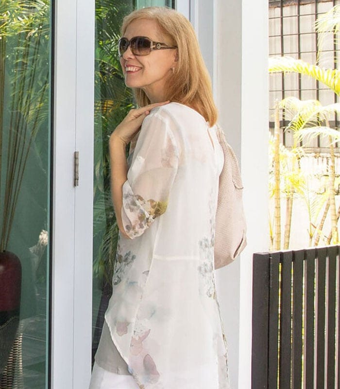 40+Style Casual Summer Style Challenge – Outfit 3 – layering with a sheer blouse
