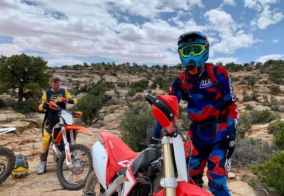 Best Beginner Dirt Bikes for Teenagers in 2021