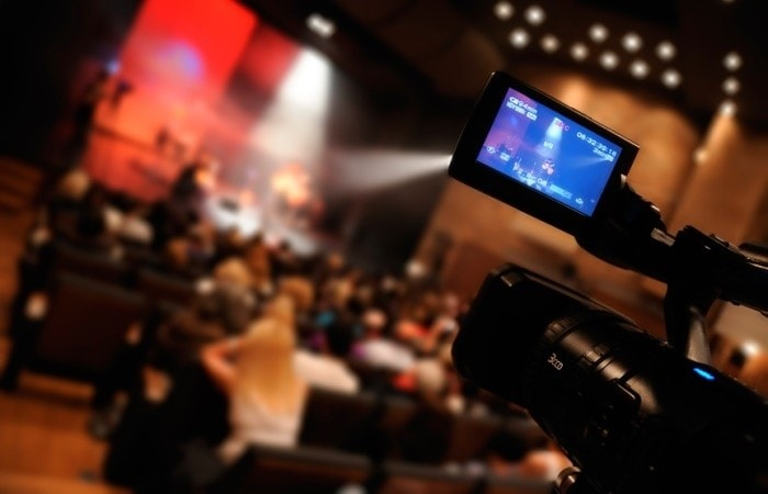Media training tips for actors and music artists, blog post by media trainer Lisa Elia, founder of Expert Media Training