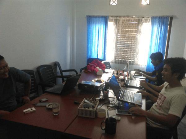 GrombyangOS Siap Luncurkan OS untuk Desa