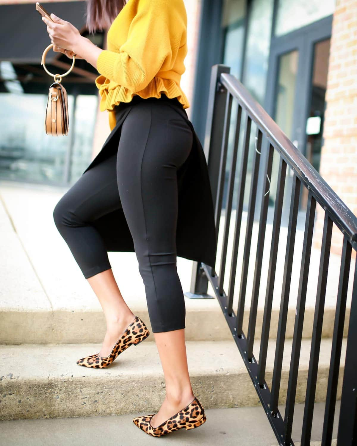 Betabrand is well known for its popular yoga work pants. But have you tried the Betabrand Sassiest pants? A hidden gem or too sassy for work? Here's what I discovered.