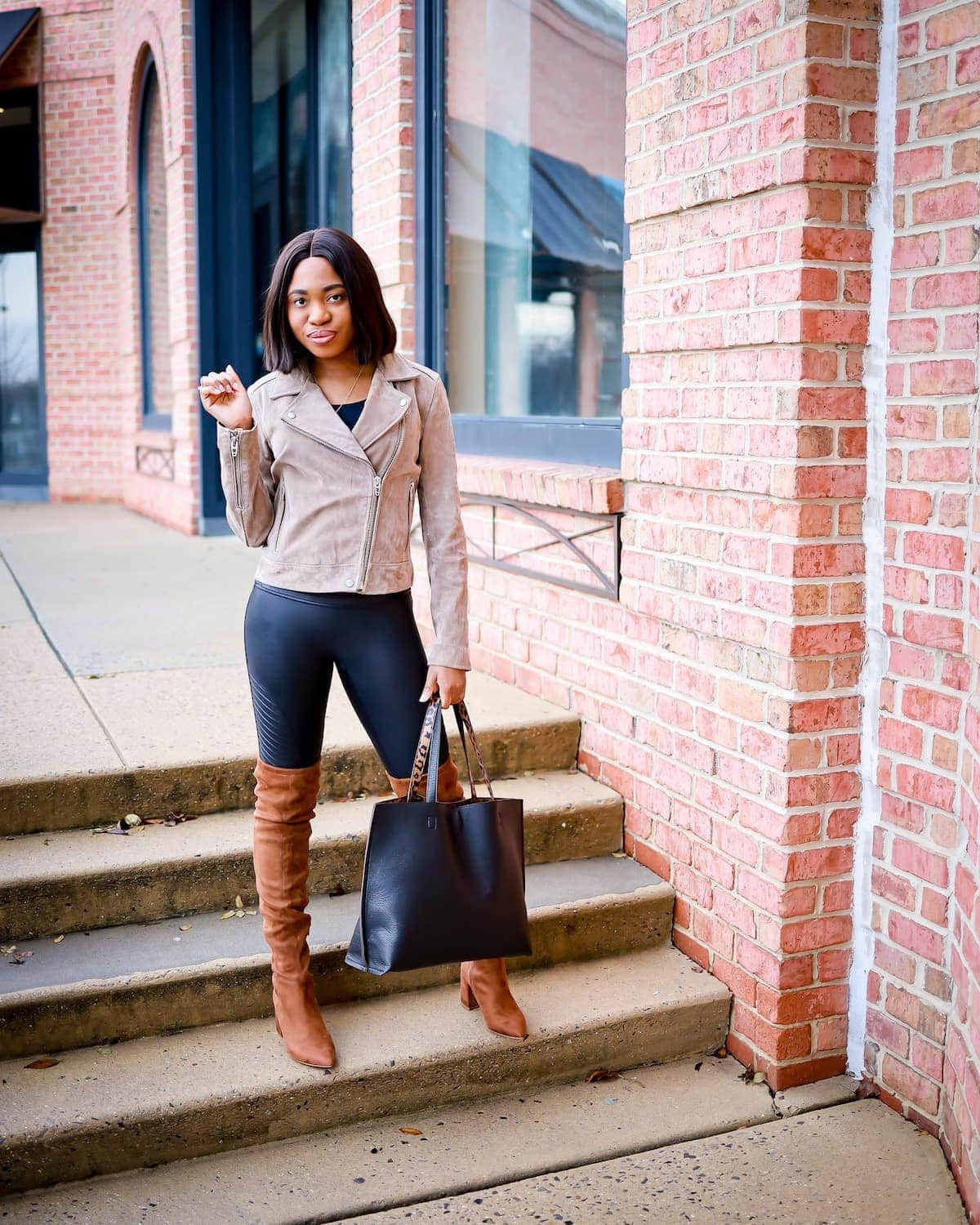 Before you hit the check out button, read this Spanx moto leggings review first. This is everything you need to know about these faux leather Moto leggings and if it truly is one of the best Nordstrom leggings. #fallfashiontrends #stevemadden #madewell