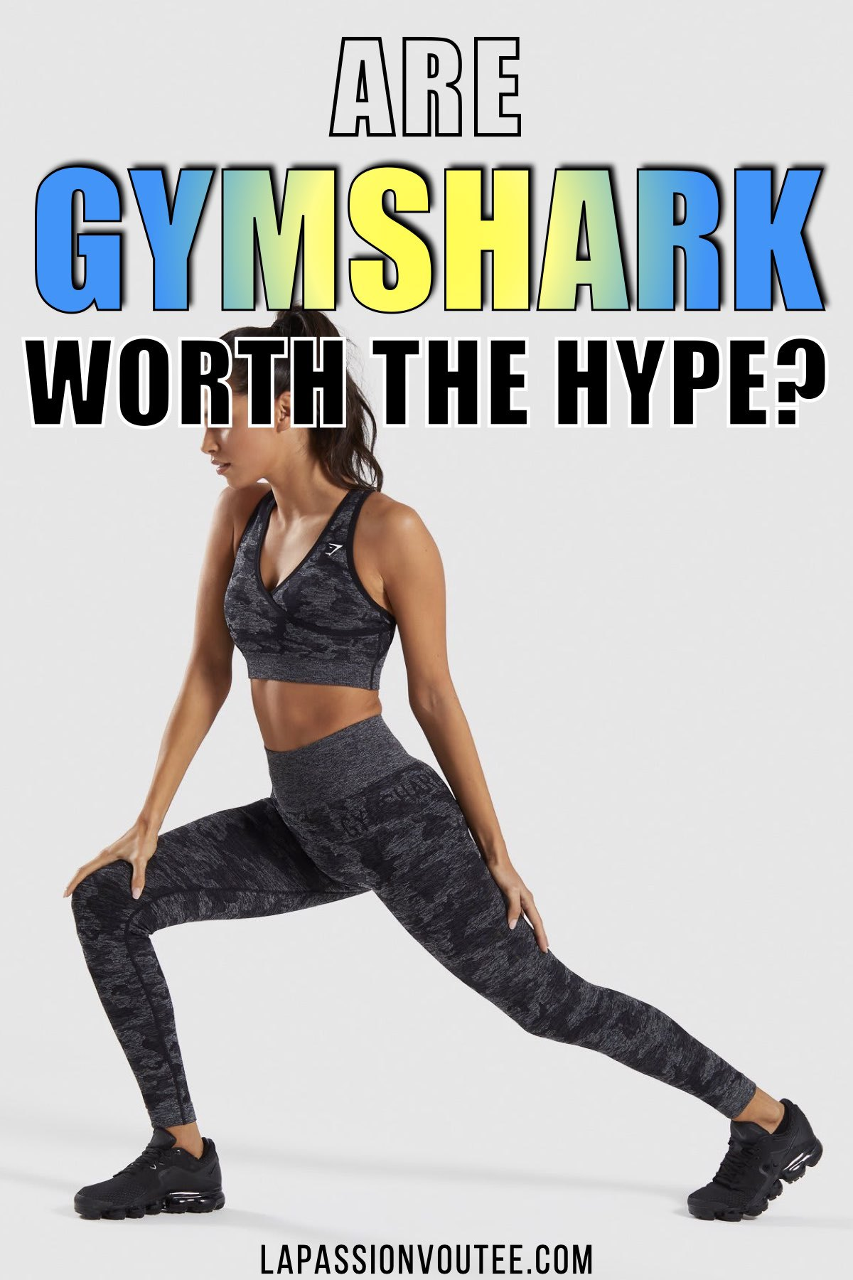 Are Gymshark leggings REALLY all that good? After much research, these are the best of the best Gymshark leggings ever. These athleisure yoga pants have the perfect amount of compression while enhancing the appearance of your bum. Discover the Gymshark Flex leggings, Cameo yoga pants, Fit leggings and many more. #gymsharkwomen #leggings