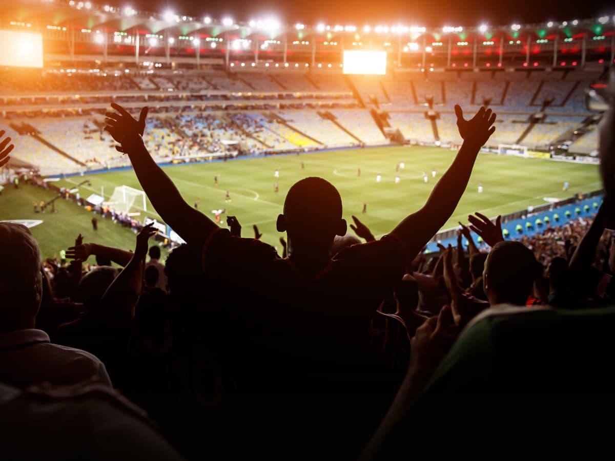 tocida-comemorando-no-estadio-betssonfc