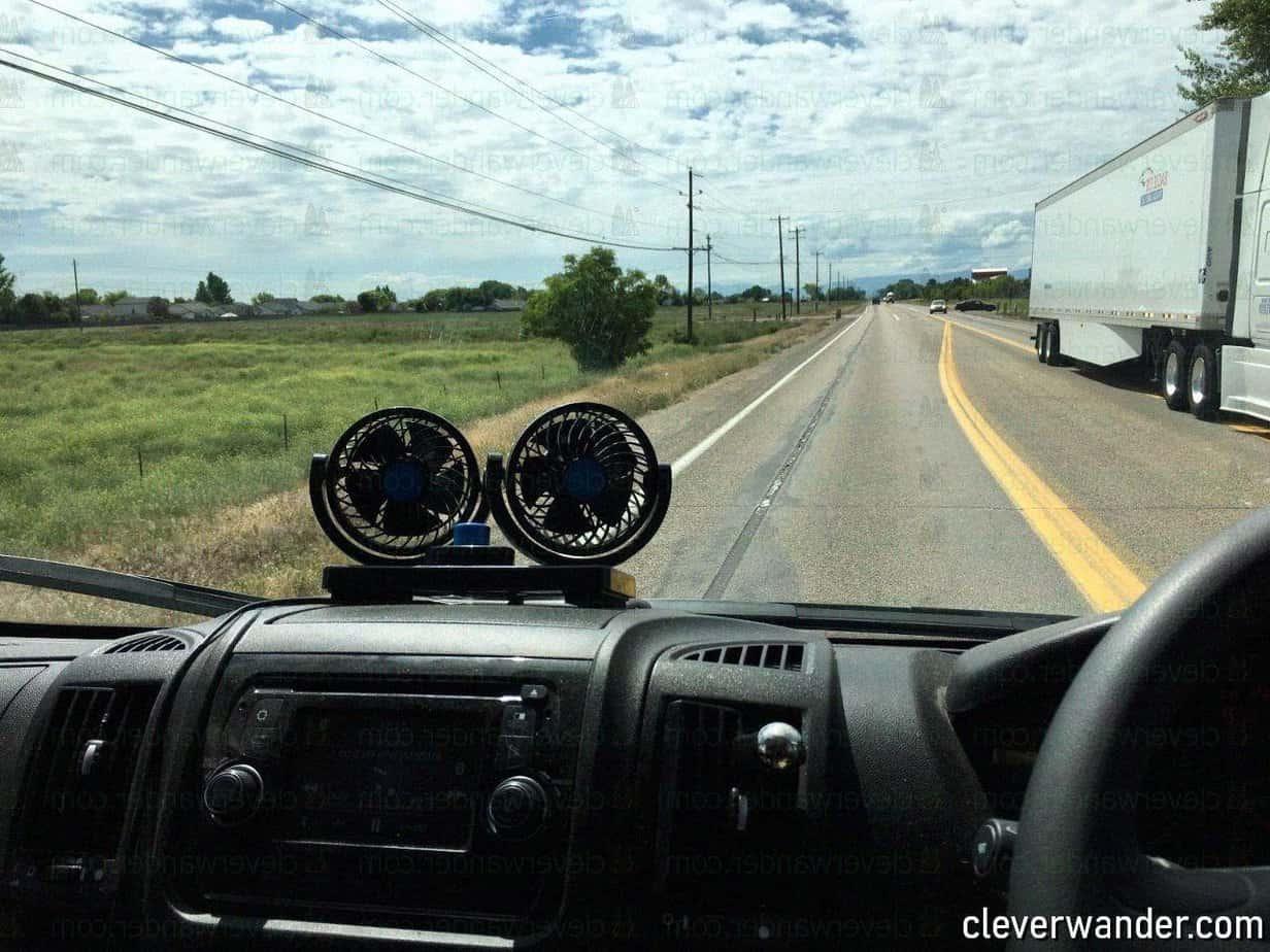 AboveTEK 360 Degree Rotatable Car Fan - image review 3