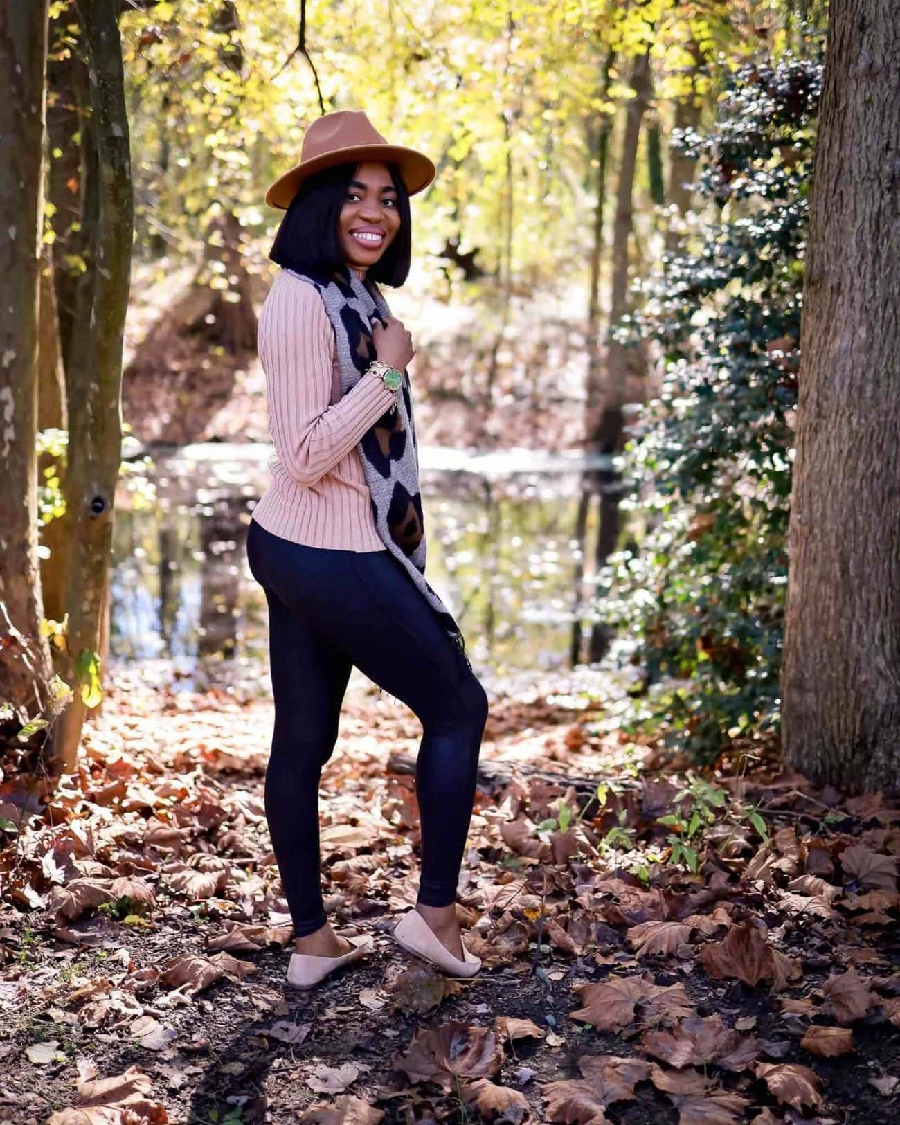 Spanx Faux Leather Leggings - Should you get Spanx leggings? Spanx leggings come in faux leather, velvet, camo and more. If you can only get one leggings, here's what I recommend.
