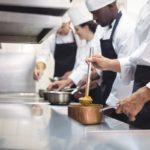 飲食店の異物混入の対応手順と対策を解説