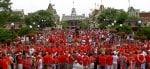 Красные рубашки в Gay Days Orlando