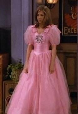friends-Rachel-Bridesmaid-Mindy-Barry-Wedding-