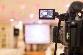 Media training and presentation training from Media Trainer and Presentation Trainer Lisa Elia