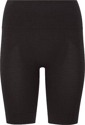 Uniqlo HEATTECH body shaper half shorts | 40plusstyle.com