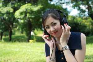 pretty girl Chinese Songs karaoke ktv