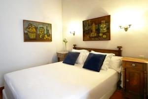 Hotel Medium Romantic