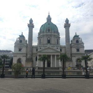 Kostel svatého Karla Boromejského / Karlskirche