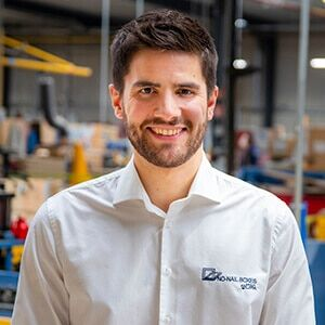 NO-NAIL BOXES: Guillaume HOUBA - Technical Representative