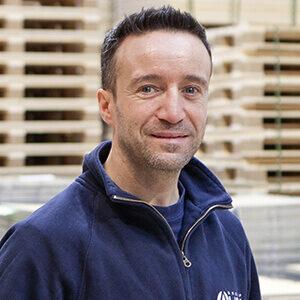 NO-NAIL BOXES: José LABBÉ, Workshop Coordinator