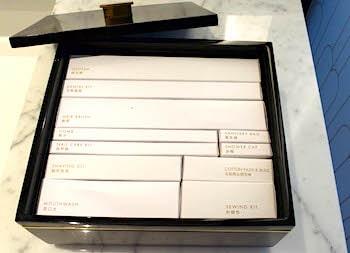 アメニティキットの箱の画像