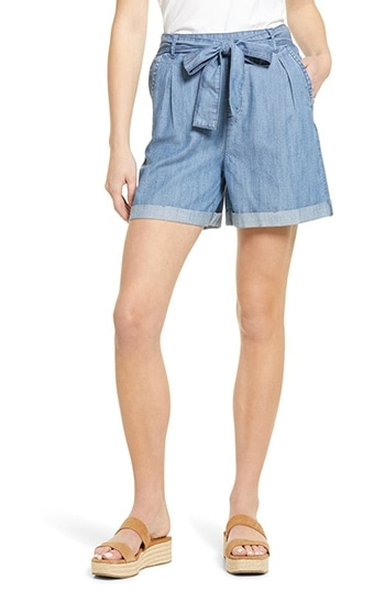 Caslon Belted Cuffed Chambray Shorts   40plusstyle.com