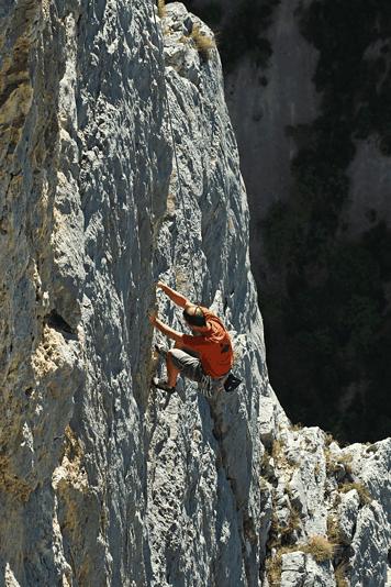 Les parents d'enfant en difficulté ont de très haute montagne à grimper