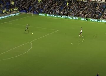 Howard Scores for Everton