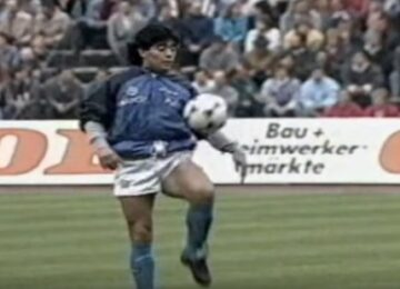 Maradona Warm Up