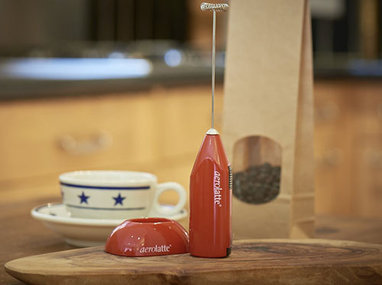 6. Aerolatte Milk Frother with Stand, Red