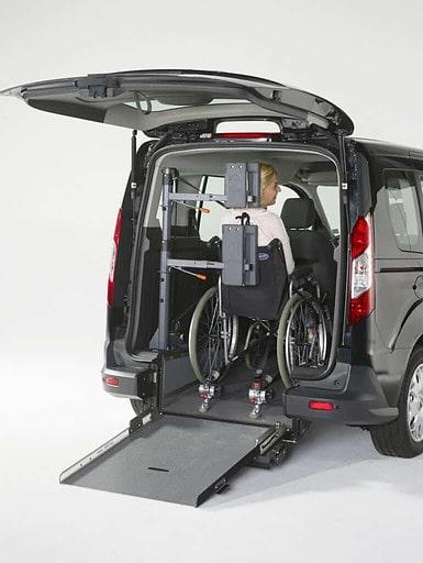 Kopf- und Rückenstütze für Rollstuhlinsassen