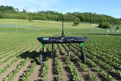 ecoRobotix plans spot spraying robot for weed control