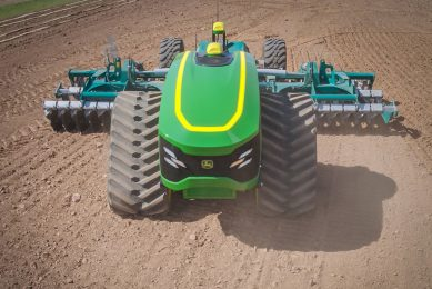 21 autonomous tractor projects around the world