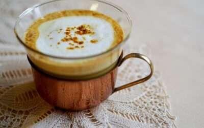 3 steps to prepare a delicious Turmeric Latte