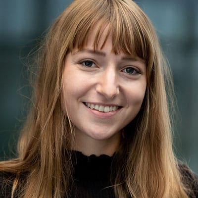 Sabrina Höbel