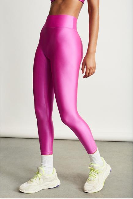 A model wearing a complete Bandier All Access sportswear