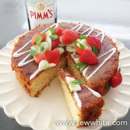 strawberry hearts decorating pimms cake
