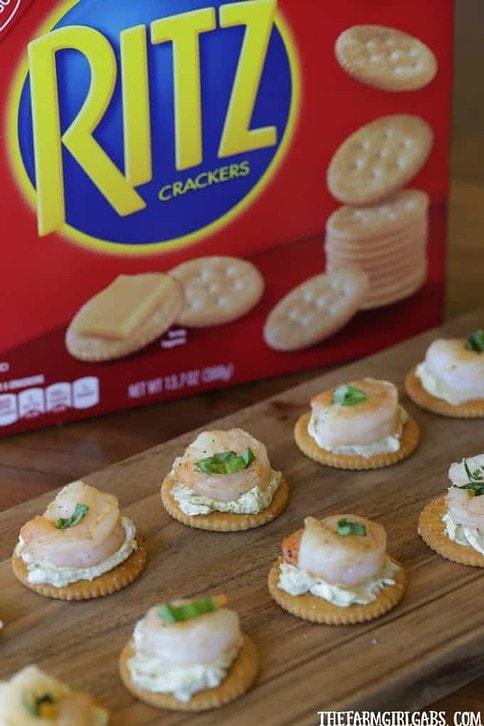 These easy Pesto Cheese Shrimp Bites are perfect for spring entertaining. #FreshRITZpiration #Ad