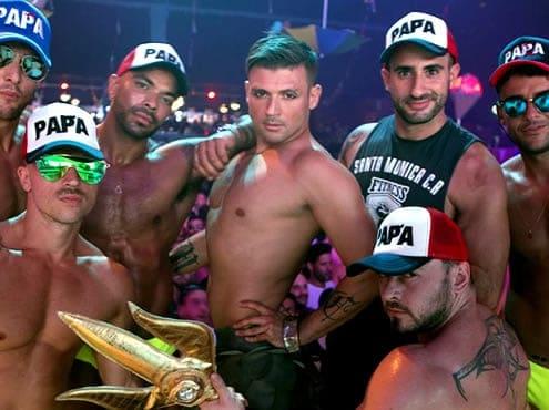 Неделя, легендарная бразильская гей-вечеринка