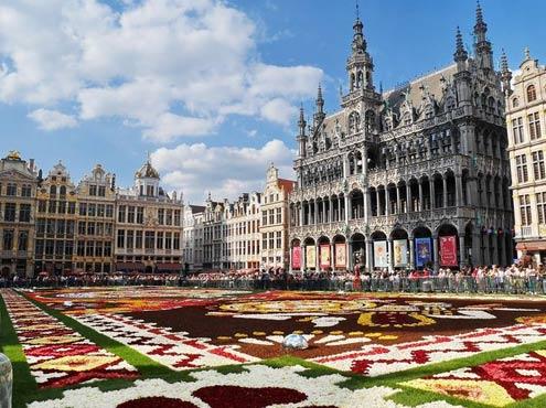 Gay Brussels Guide