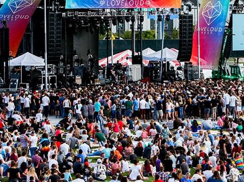 Фестиваль Loveloud в Солт-Лейк-Сити.