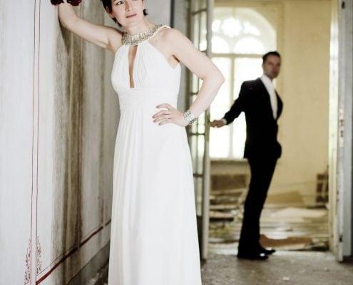 Hochzeitsbild im verlassenen Kurhaus von Bad Liebenstein
