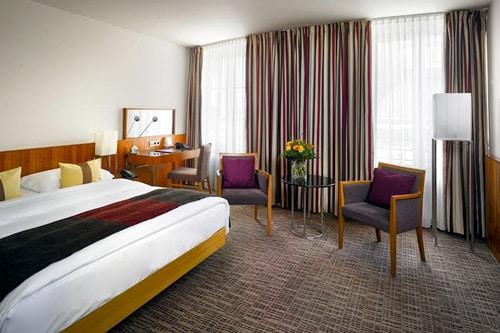 Hotel K + K