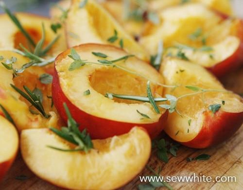 Sew White grilled nectarine chicken and parma ham summer salad 2