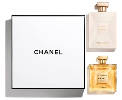 Gift ideas for women - CHANEL Eau de Parum set | 40plusstyle.com