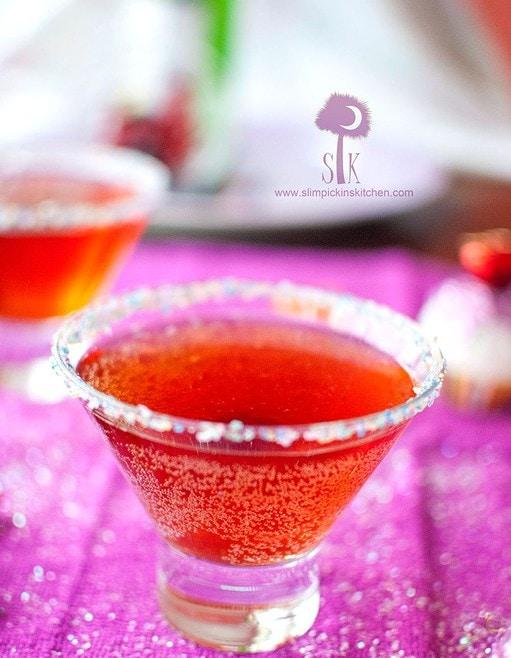 Sparkling-Sugar-Plum-Tea-ni-3