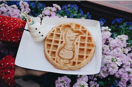 ขนมหวาน Olaf Waffle with Vanilla
