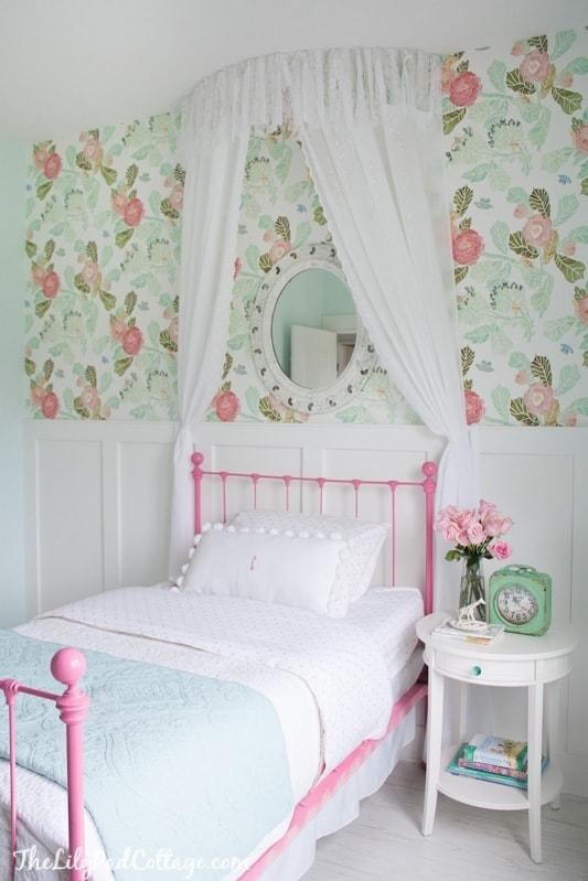 DIY No Sew Bed Canopy