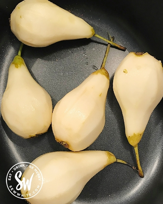 pears in a slow cooker