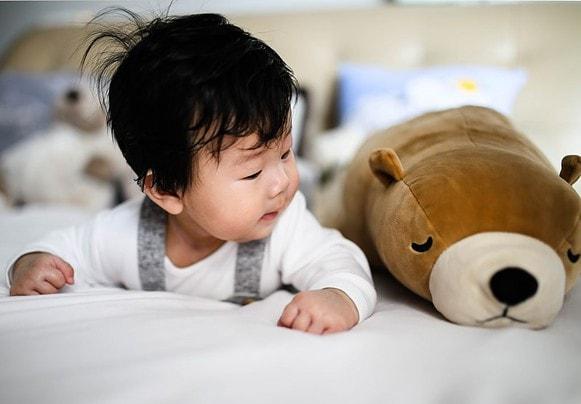 Comment amuser son bébé